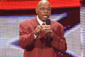 WWE will swap General Managers this week. Logic be damned.