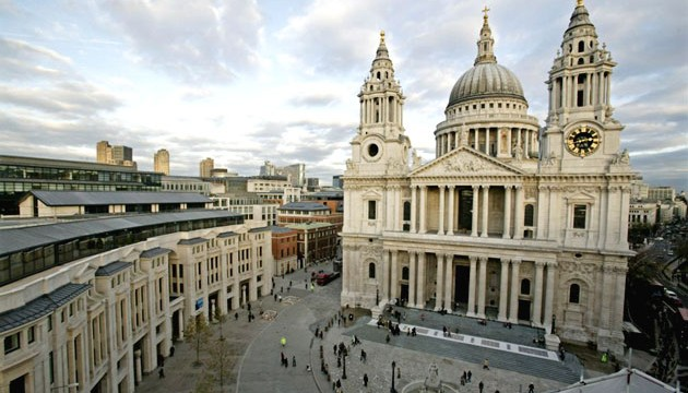 From someinterestingfact.net - It's St. Paul's Cathedral in London.