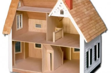 This looks similar to what my father built for my sister. Her's was at least one room longer. From greenleafdollhouses.com